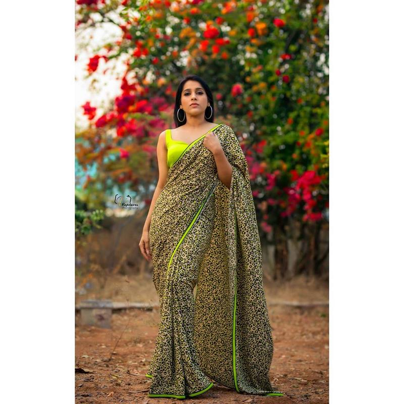 Glamorous images of rashmi gautam make heads turn on the show scale media-Telugu Actress Rashmi Gautam, Glamorous Images Of Rashmi Gautam Make Heads Turn On The Show Scale Media, Images, Rashmi Gautam, Rashmi Gautam Anchor, Rashmi Gautam And Sudheer, Rashmi Gautam And Sudheer Marriage, Rashmi Gautam Biography, Rashmi Gautam Family, Rashmi Gautam Husband Name, Rashmi Gautam Instagram, Rashmi Gautam Phone Number, Rashmi Gautam Photos, Rashmi Gautam Wiki Photos,Spicy Hot Pics,Images,High Resolution WallPapers Download