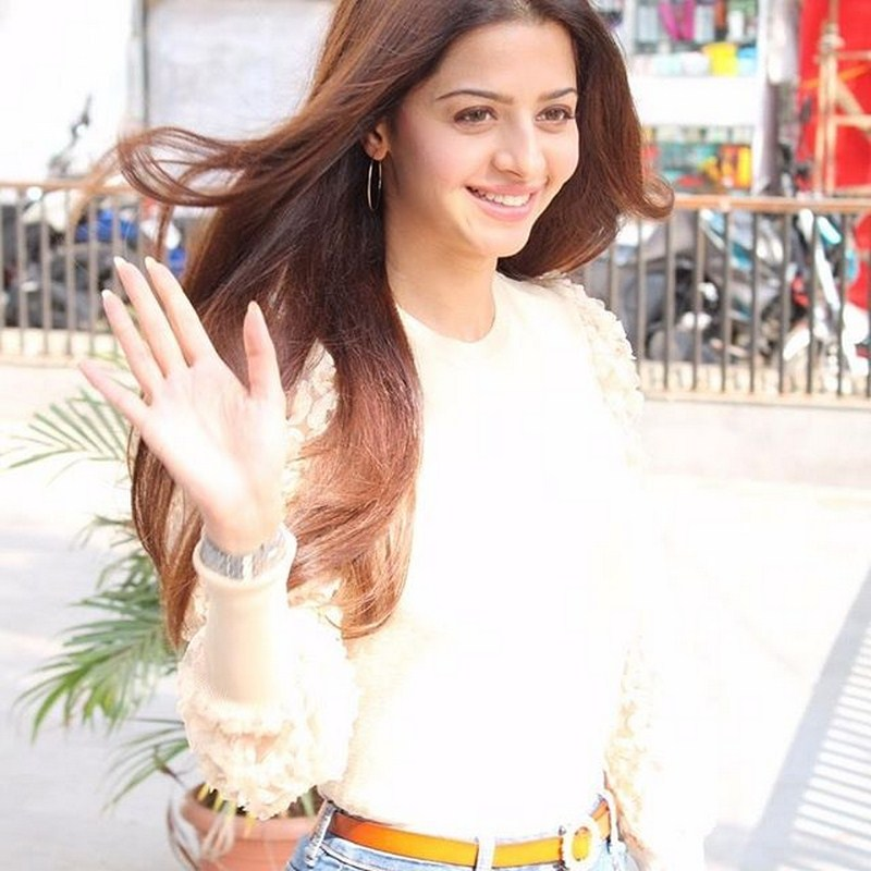 Glamorous vedhika latest images-Vedhika,vedhika Images,vedhika Latest Album,vedhika Latest Movie,Vedika New Pics Photos,Spicy Hot Pics,Images,High Resolution WallPapers Download