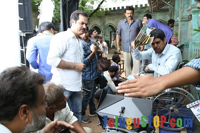 Gopala gopala movie working stills- Photos,Spicy Hot Pics,Images,High Resolution WallPapers Download