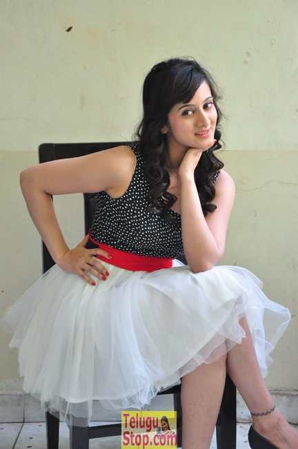 Harshika new pics- Photos,Spicy Hot Pics,Images,High Resolution WallPapers Download