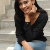 Hebah Patel New Stills Pic 8 ?>