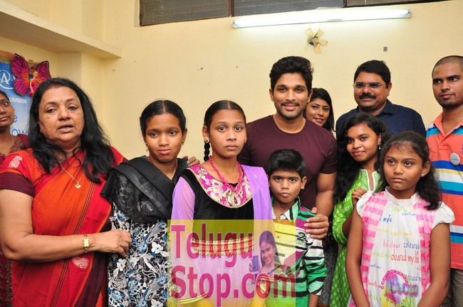 Hero allu arjun met cancer children at make a wish foundation