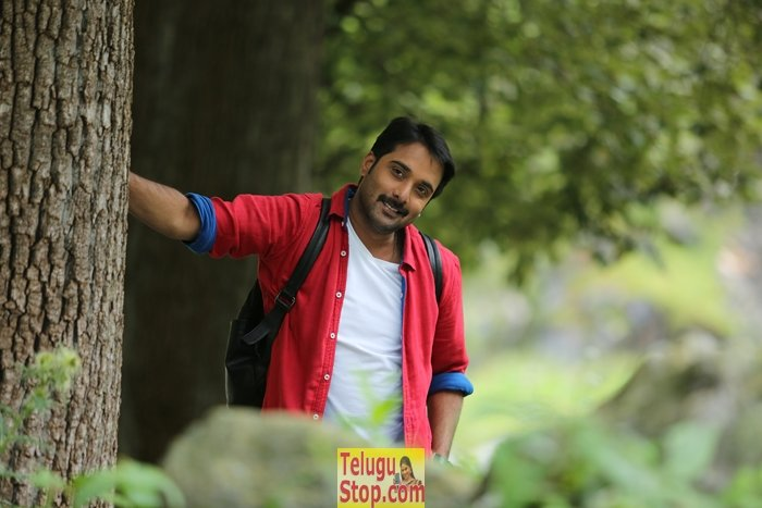 Idi naa love story movie stills- Photos,Spicy Hot Pics,Images,High Resolution WallPapers Download