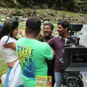idi-naa-love-story-working-stills03