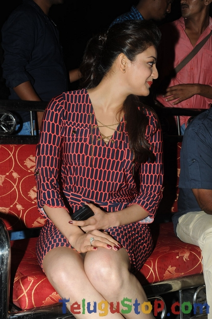 Kajal new pics- Photos,Spicy Hot Pics,Images,High Resolution WallPapers Download