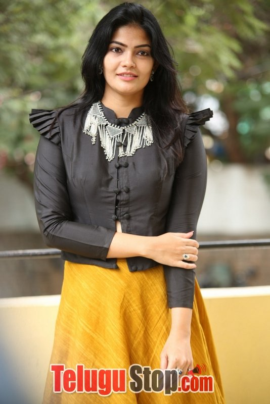 Kalpika Ganesh Latest Gallery-
