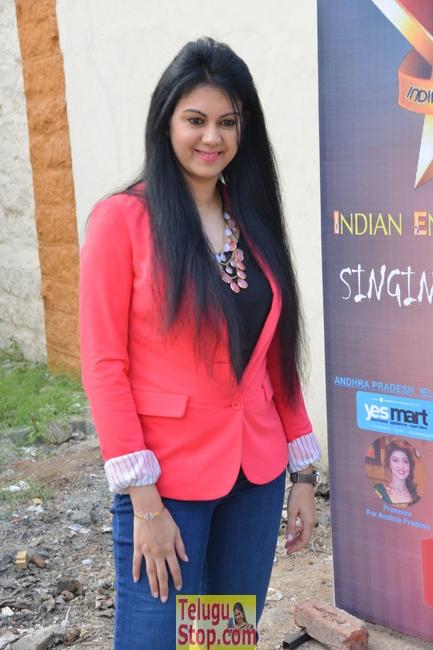 Kamna Jethmalani Stills-Kamna Jethmalani Stills--Telugu Actress Hot Photos Kamna Jethmalani Stills-