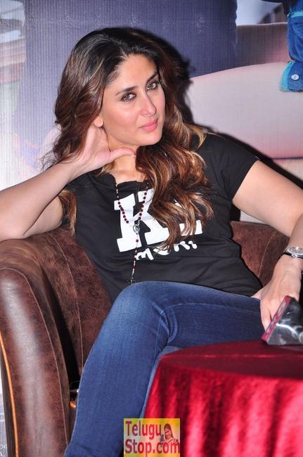 Kareena Kapoor Stills-Kareena Kapoor Stills-