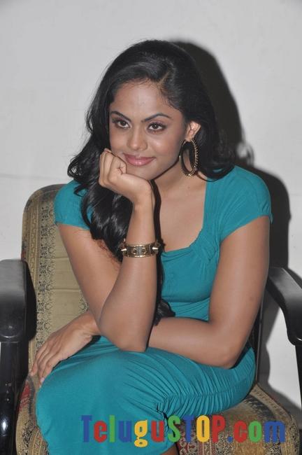 Karthika Nair Stills-Karthika Nair Stills--Telugu Actress Hot Photos Karthika Nair Stills-