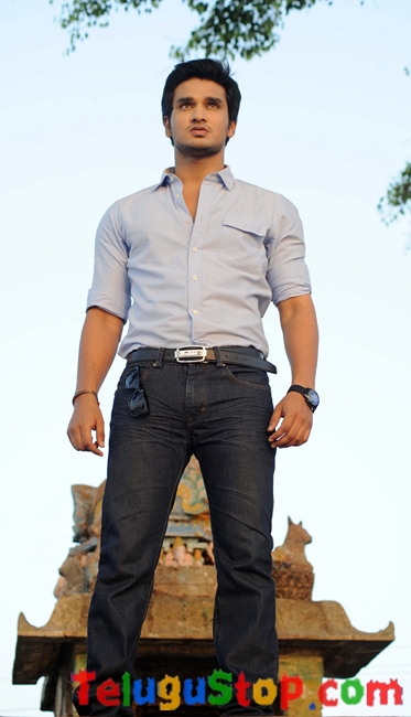 Karthikeya movie stills 2- Photos,Spicy Hot Pics,Images,High Resolution WallPapers Download