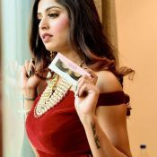 Kashish Chopra Hot Pics- Still 1 ?>