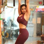 Kashish Chopra Hot Pics- HD 10 ?>