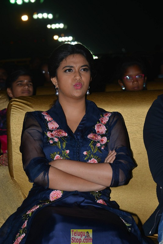 Keerthi suresh latest stills- Photos,Spicy Hot Pics,Images,High Resolution WallPapers Download