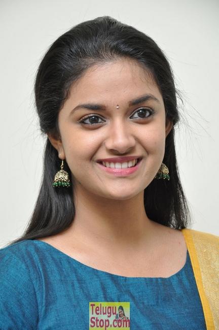 Keerthy Suresh New Stills-Keerthy Suresh New Stills--Telugu Actress Hot Photos Keerthy Suresh New Stills-