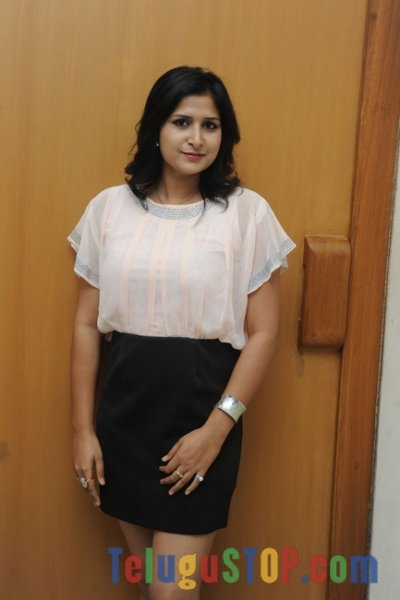 Khusboo new stills- Photos,Spicy Hot Pics,Images,High Resolution WallPapers Download