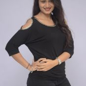 kiran-chetwani-stills01