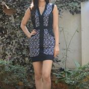 Kriti Sanon Latest Stills-Kriti Sanon Latest Stills- HD 10 ?>