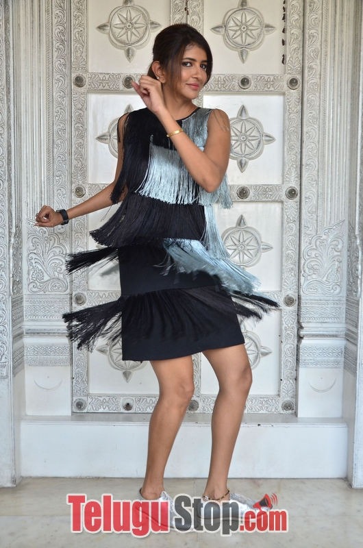 Lakshmi manchu birthday interview stills- Photos,Spicy Hot Pics,Images,High Resolution WallPapers Download