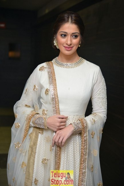 Lakshmi rai new gallery- Photos,Spicy Hot Pics,Images,High Resolution WallPapers Download