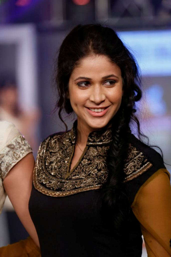 Lavanya tripathi new stills- Photos,Spicy Hot Pics,Images,High Resolution WallPapers Download