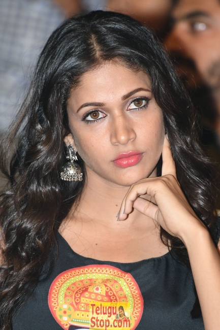 Lavanya tripati latest stills- Photos,Spicy Hot Pics,Images,High Resolution WallPapers Download