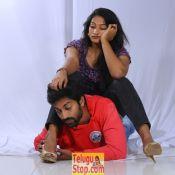 love-cheyyala-vadda-new-stills01