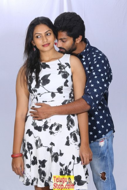 Love cheyyala vadda new stills 2