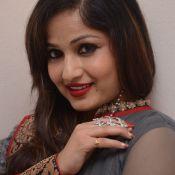 madhavi-latha-new-stills02