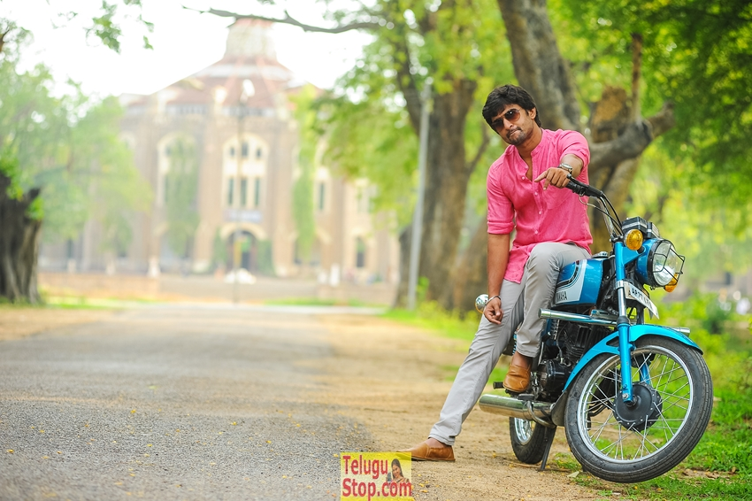 Majnu Movie Release Stills-Majnu Movie Release Stills-