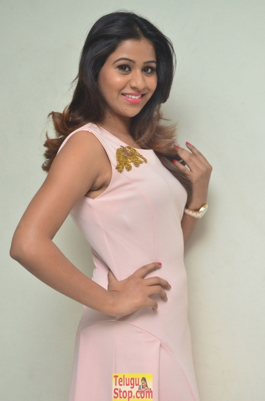 Manali rathod new stills 4- Photos,Spicy Hot Pics,Images,High Resolution WallPapers Download