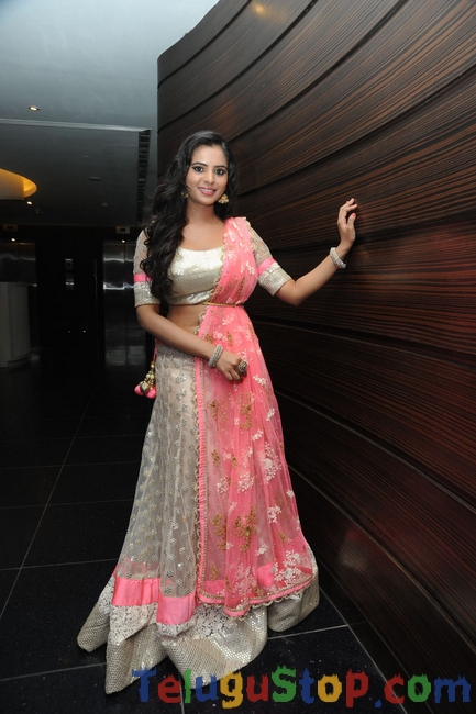 Manasa latest stills- Photos,Spicy Hot Pics,Images,High Resolution WallPapers Download