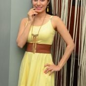 manisha-kelkar-new-stills05