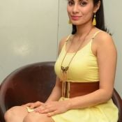 manisha-kelkar-new-stills07