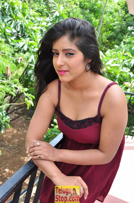 Manisha thakur stills- Photos,Spicy Hot Pics,Images,High Resolution WallPapers Download