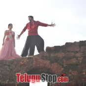 meda-meeda-abbayi-movie-stills03