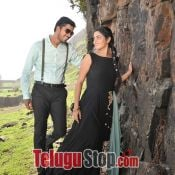 meda-meeda-abbayi-movie-stills07