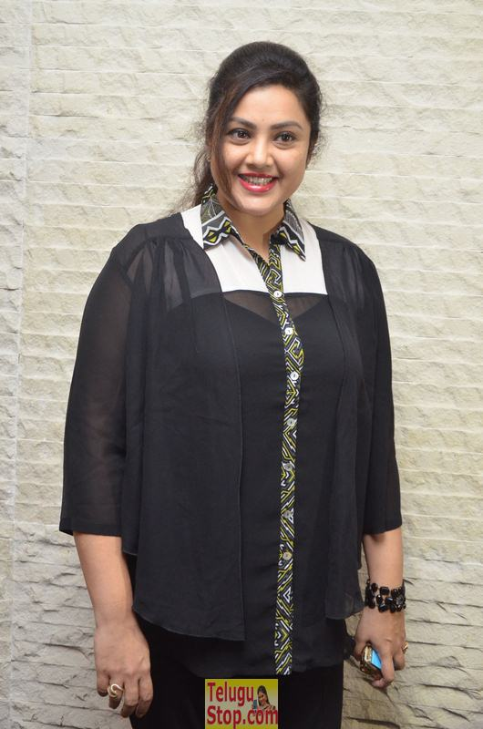 Meena New Stills-Meena New Stills--Telugu Actress Hot Photos Meena New Stills-