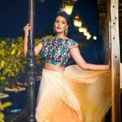 Meera Mithun Hot Stills- Photo 5 ?>