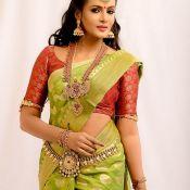 Meera Mithun Hot Stills- Pic 7 ?>