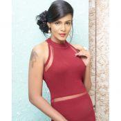 Meera Mithun Hot Stills- Pic 8 ?>