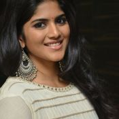megha-aakash-new-stills0