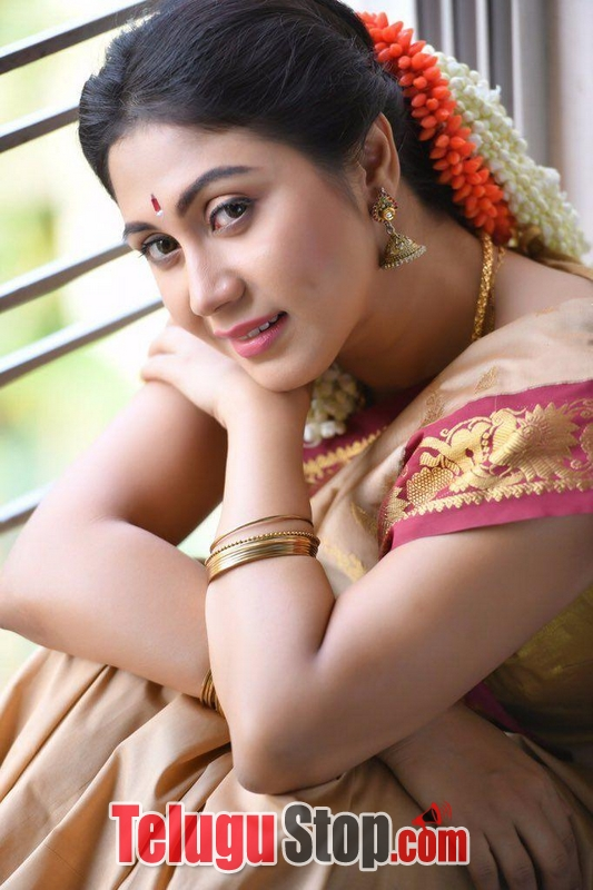 Meghali latest photos stills- Photos,Spicy Hot Pics,Images,High Resolution WallPapers Download