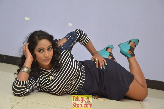 Meghana new stills- Photos,Spicy Hot Pics,Images,High Resolution WallPapers Download