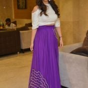 mehareen-latest-stills04