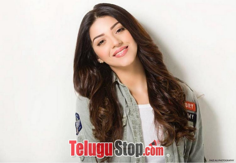 Mehrene kaur pirzada spiyc pics- Photos,Spicy Hot Pics,Images,High Resolution WallPapers Download