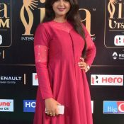monal-gajjar-at-iifa-awards4
