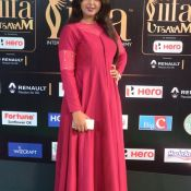 monal-gajjar-at-iifa-awards5