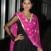 monal-gajjar-latest-stills1