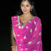 monal-gajjar-latest-stills10