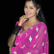monal-gajjar-latest-stills11